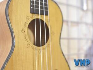 ukulele-yamaha-fg830u-vhp-08